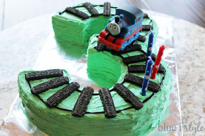 train cake number kids