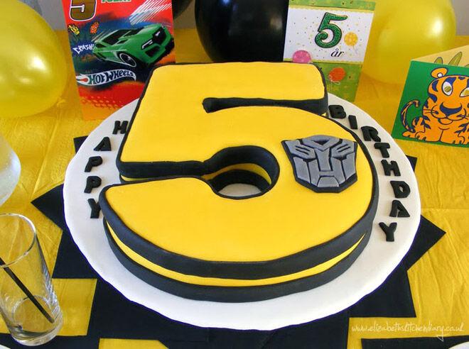 29 creative number birthday cakes to make | Mum's Grapevine