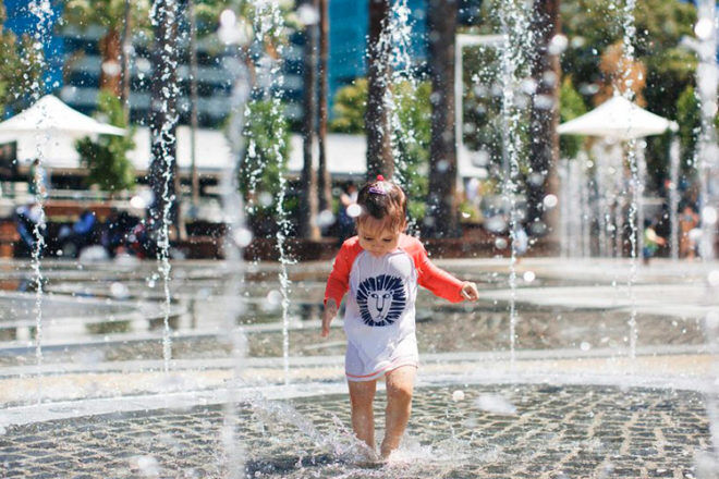 elizabeth quay water park perth wa