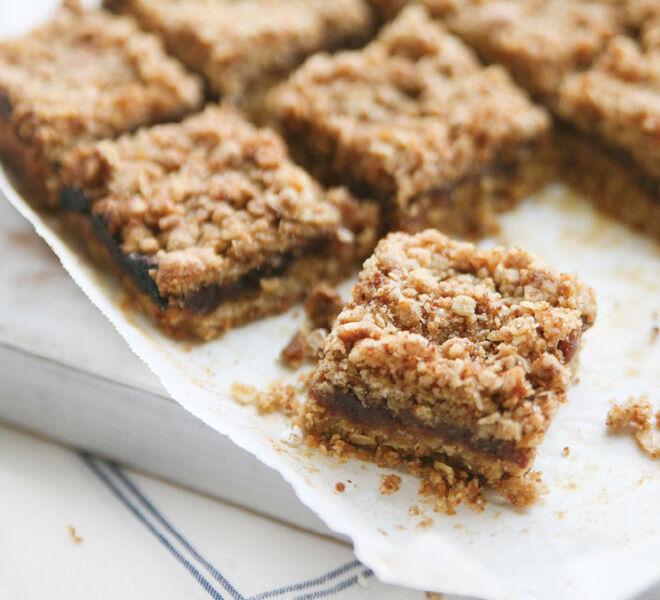Nut-free slices - Vegan Date Squares
