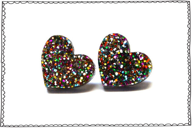 Valentine's Day Picks - Etsy Glitter Heart Earrings