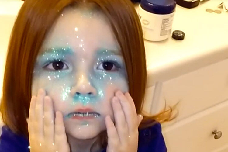 glitter girl Facebook video