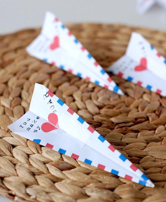 valentines day paper aeroplane printable