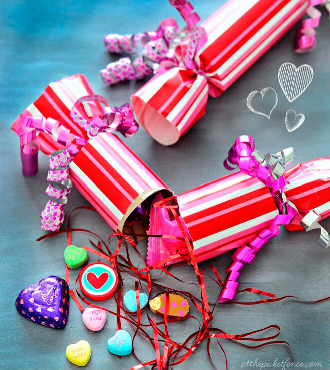valentines day party poppers