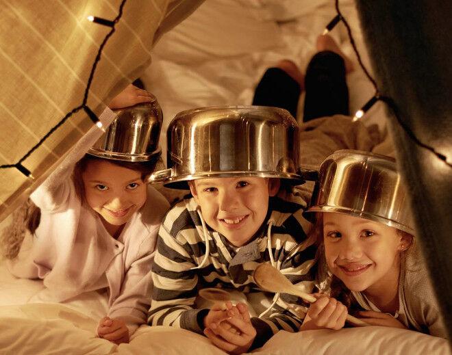 screen free play. Kids with saucepan hats