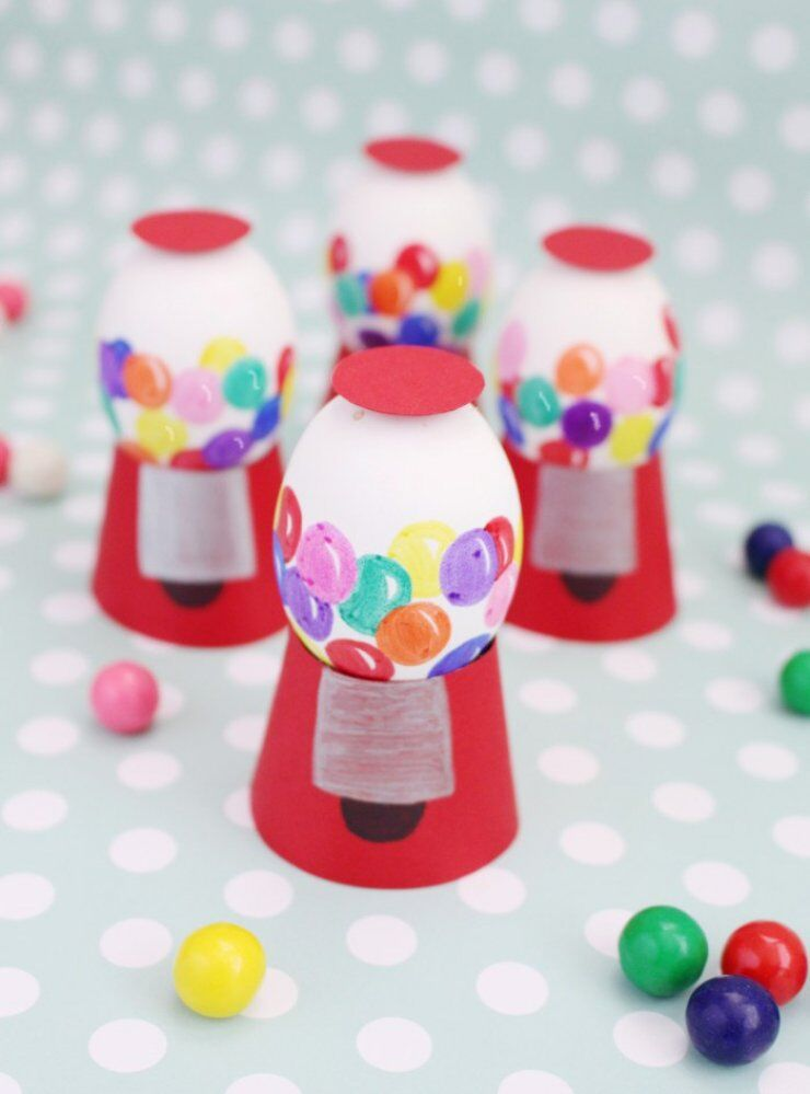 eggs painted like gumball machine