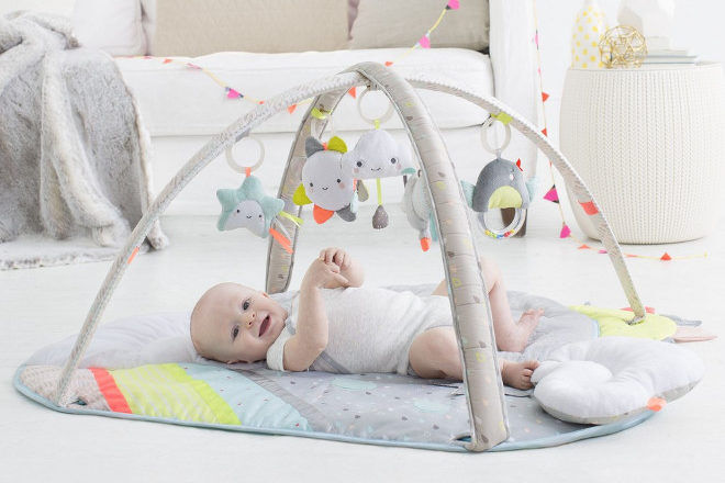 Skip Hop Silver Lining Cloud Activity Gym baby floor play mat