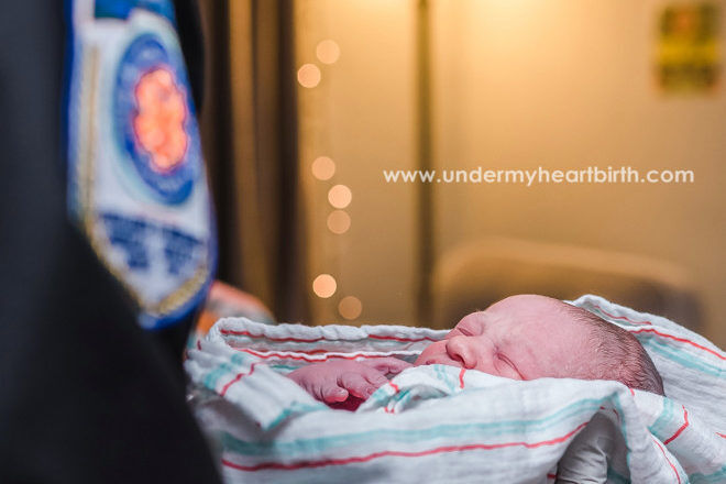 unexpected homebirth Jessica Thomas birth photographer
