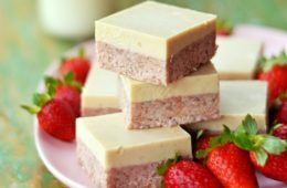Kids Eat by Shanai raw strawberry slice