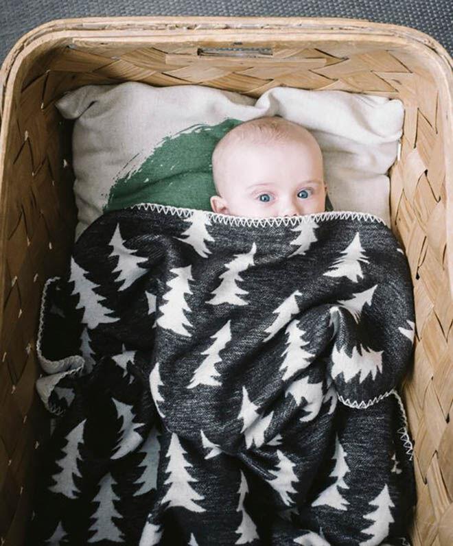 Fine Little Day gran woven blanket