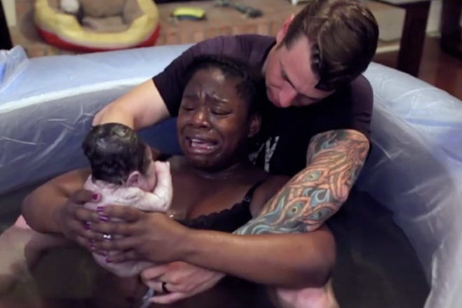 Hello World! The emotional video of baby's first moment of ...