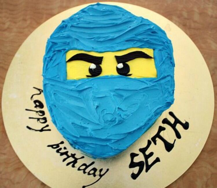 Ninjago head Lego cake
