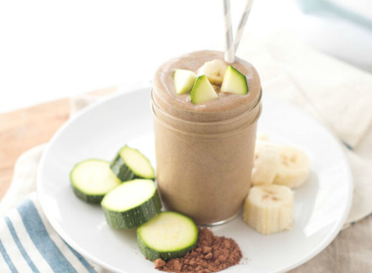 chocolate zucchini smoothie by Homemade Nutrition