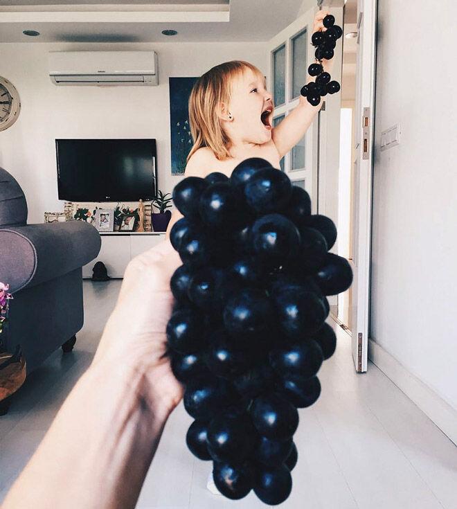 Alya Chaglar Black grapes