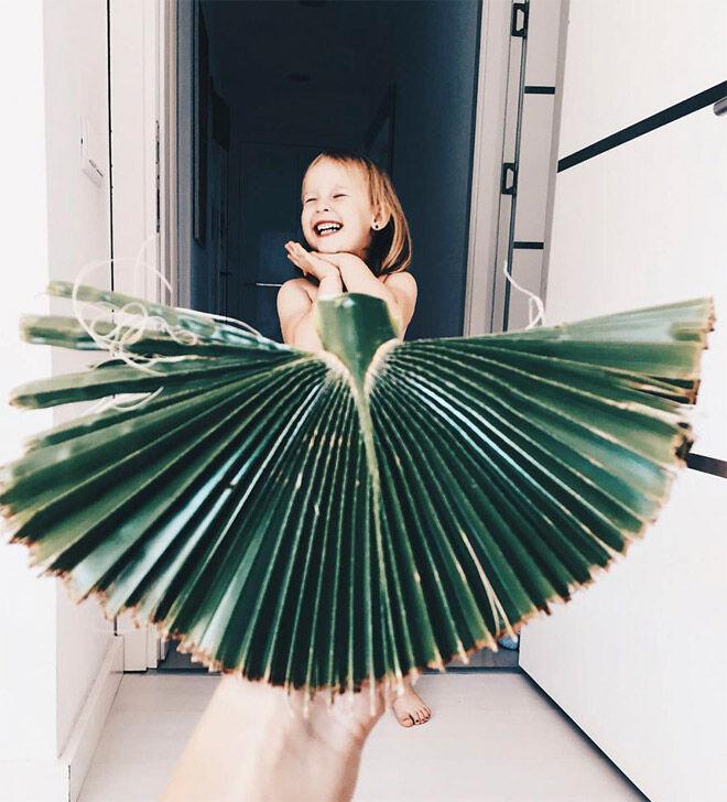 Alya Chaglar palm frond