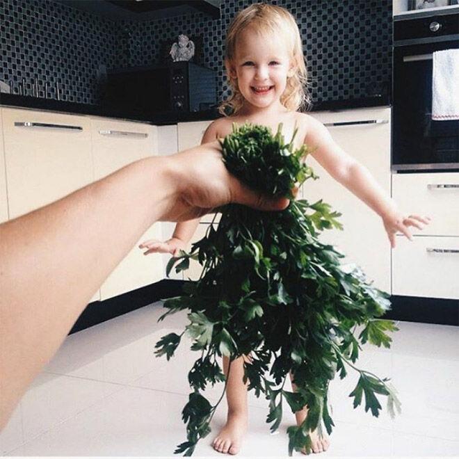 Alya Chaglar parsley