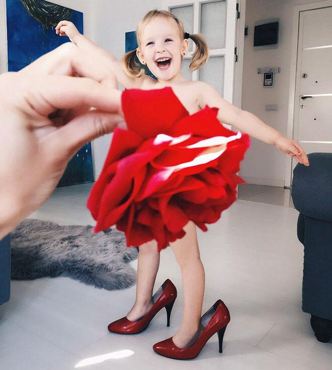 Alya Chaglar red rose