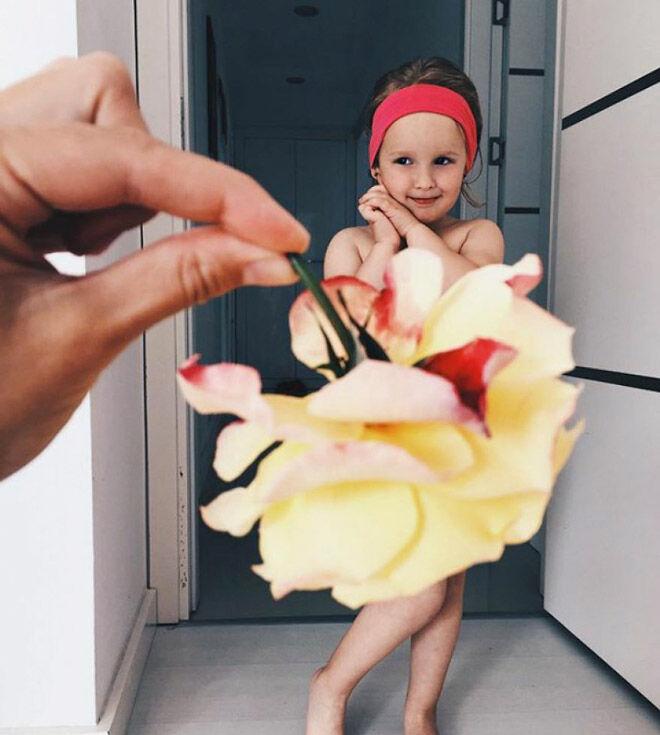 Alya Chaglar yellow roses