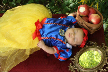 Disney inspired baby shoot: Snow White