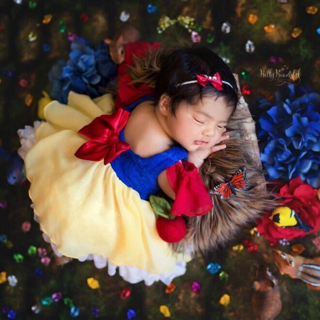 Snow White Disney Belly Babies Photoshoot