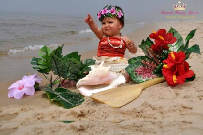 Miranda Kurncz Garcia Photography Moana baby Disney princess photo shoot