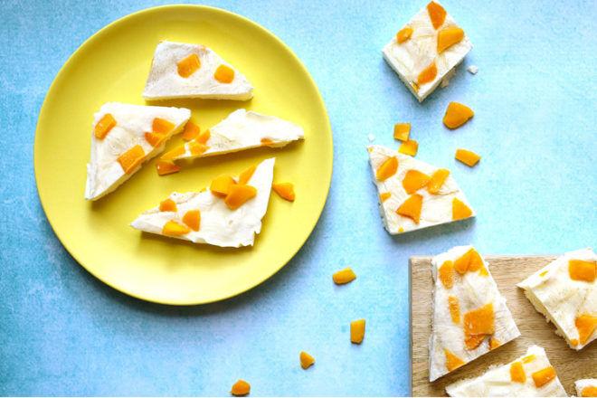 Frozen Mango Yoghurt bark