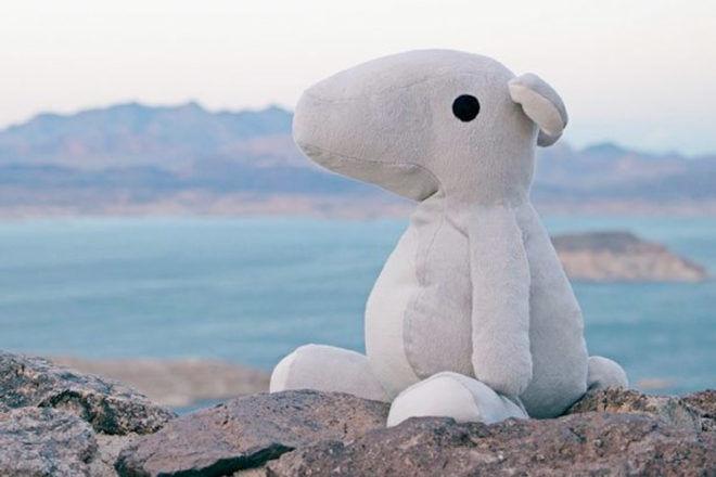 Parihug cuddly hugging toy