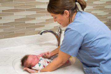 Swaddle immersion bath newborn baby