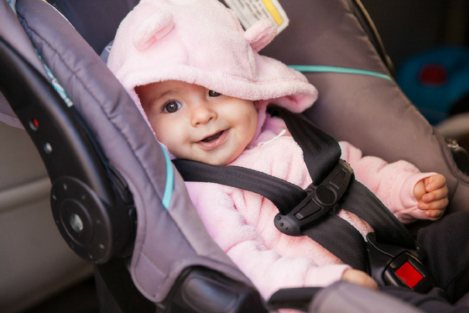 19 tips to calm babies who hate car rides