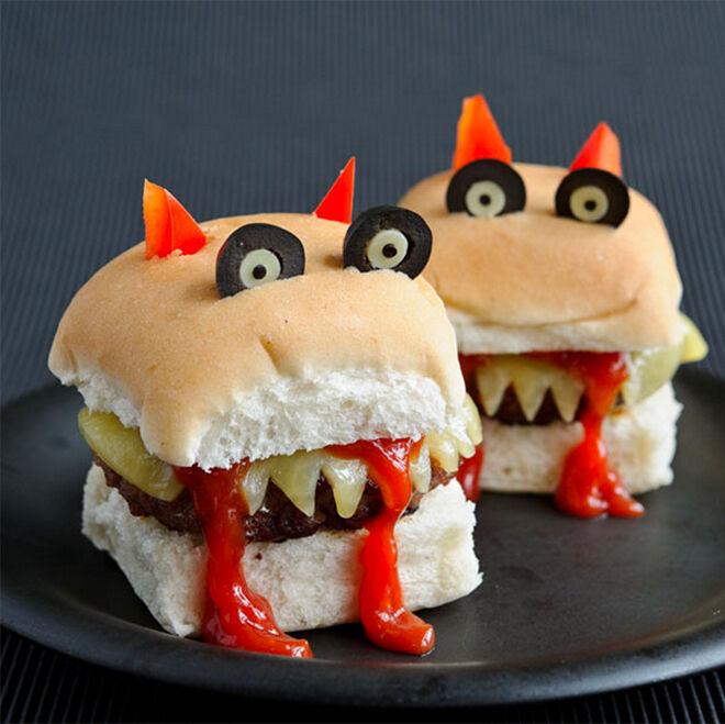 Spooky Halloween dinner ideas, Beastly Burgers
