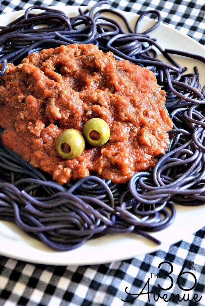 Spooky Halloween dinner ideas, Halloween Spaghetti