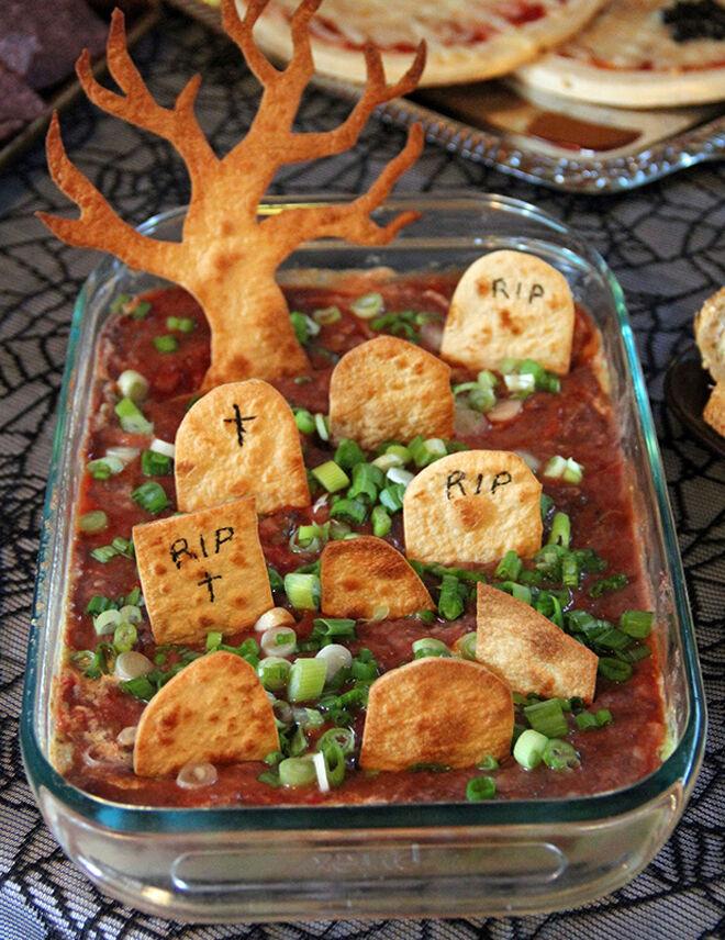 Spooky Halloween dinner ideas, Graveyard Taco Dip