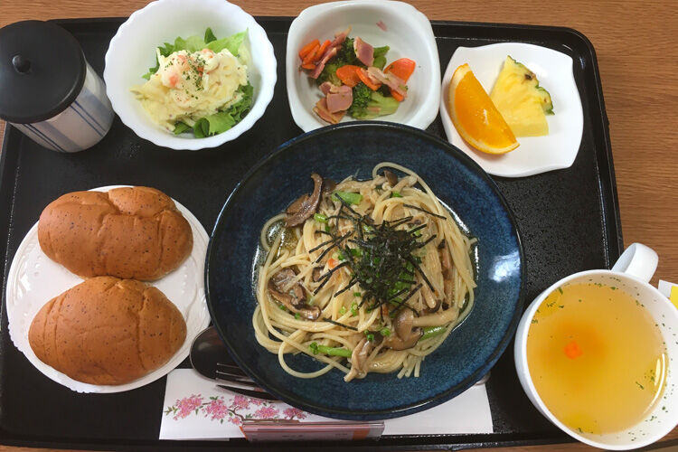 Japanese maternity ward food