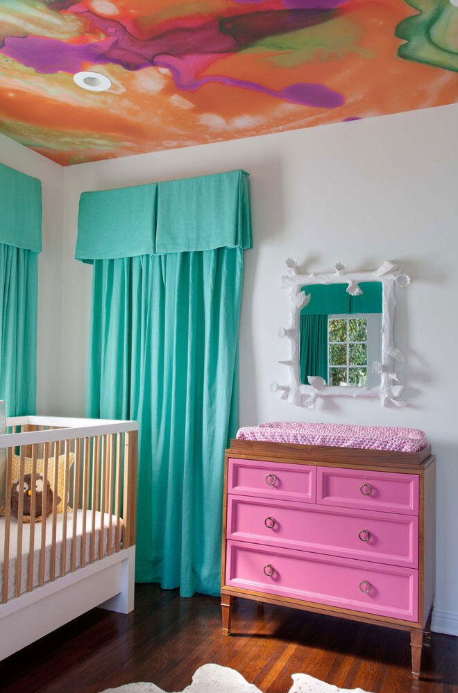 Nursery trend: 15 ways to use ceiling wallpaper in the nursery