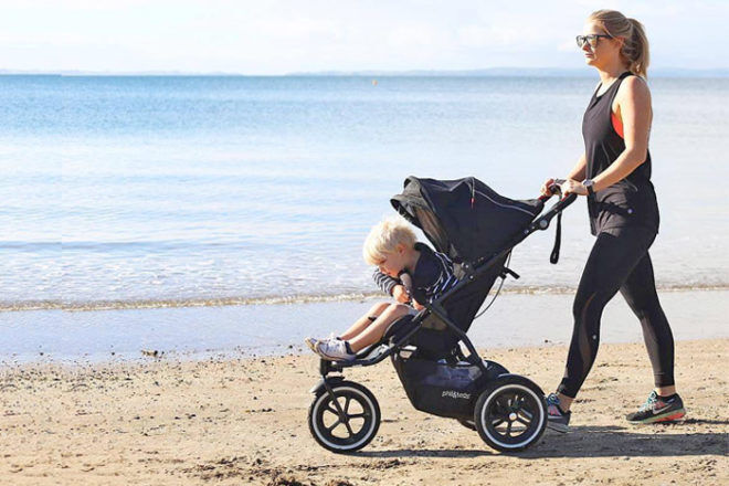 phil&teds sports pram on the beach