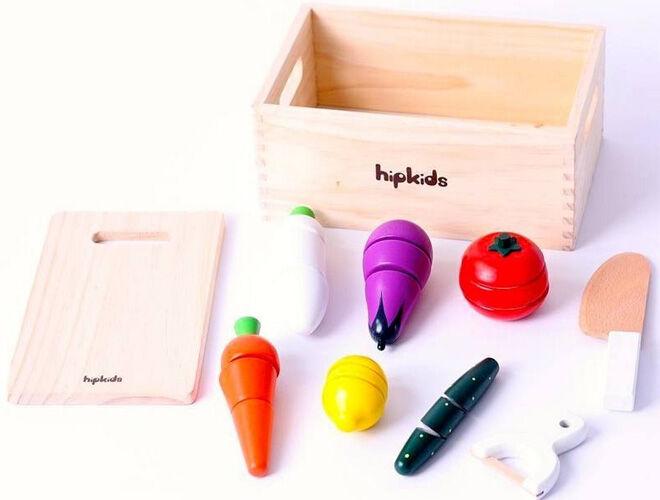 Wooden toy pretend play kitchen essentials for mini chefs. Hip Kids wooden veggie set