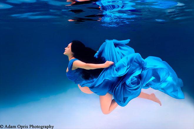 Adam Opris underwater maternity photography