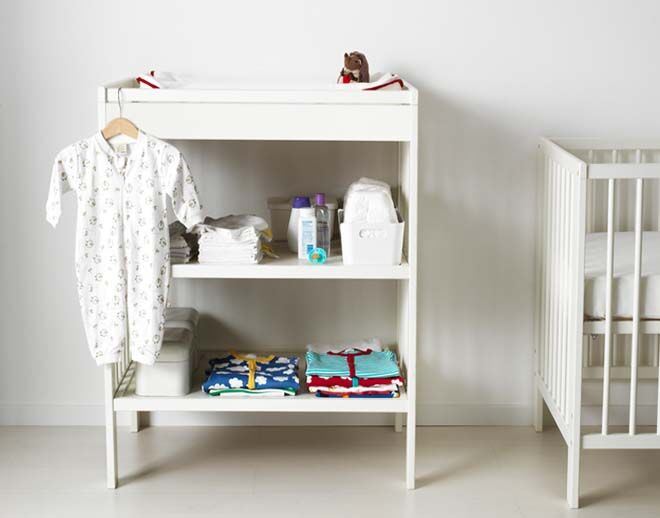 Ikea Gulliver Changing Table with shelves