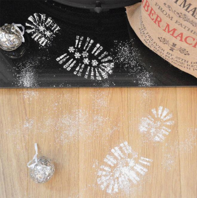 How to make Santa footprint stencil