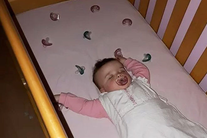 Way to stop baby crying for dummy at night