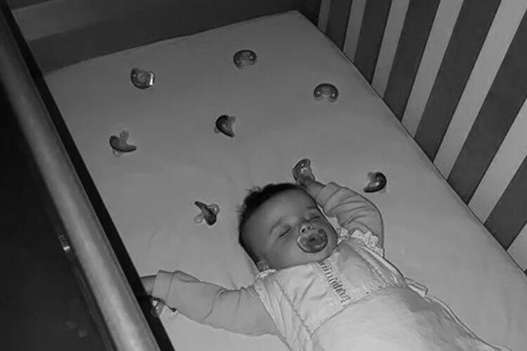 Genius way to stop baby from crying for dummy at night