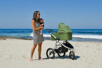 Bumbleride Speed pram goes on beach