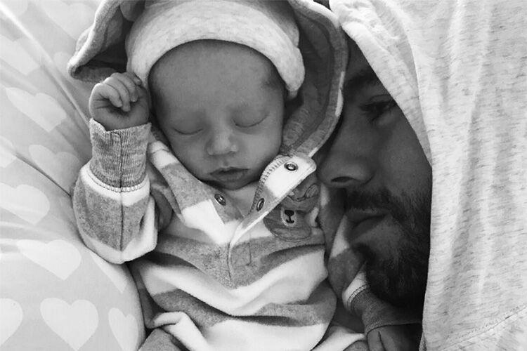 Enrique Iglesias twins