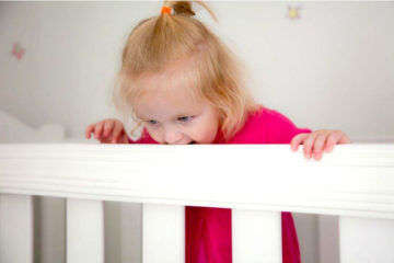 Munch Cot Teething Rail