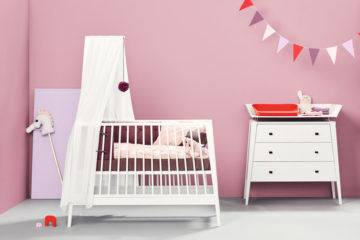 Linea baby cot