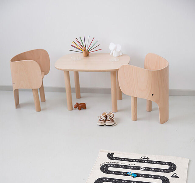 Element Optimal Denmark Beechwood Elephant Table and Chair