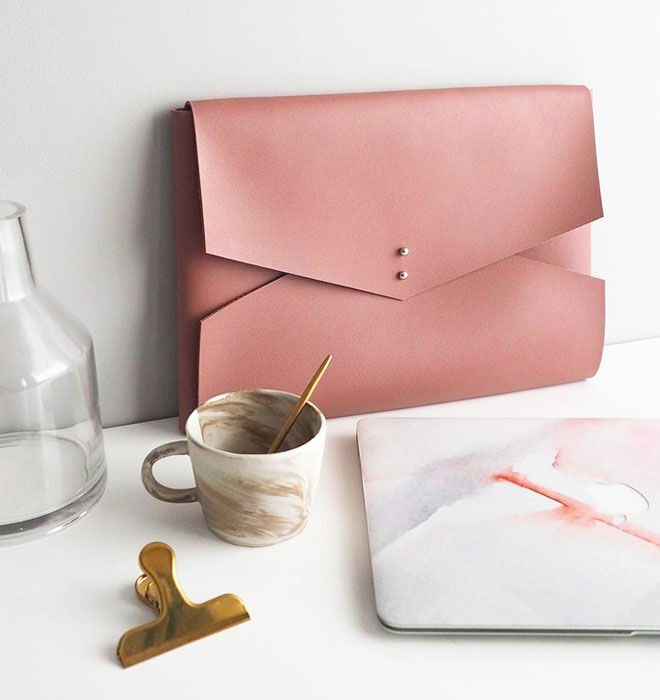 Wanderer Macbook clutch, wild rose