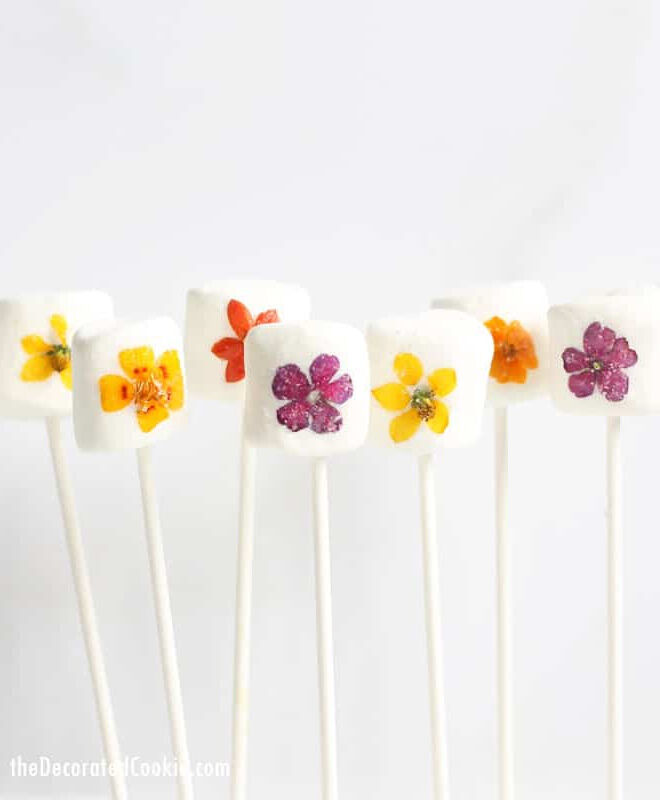 Flower marshmallow pops Mother's Day craft