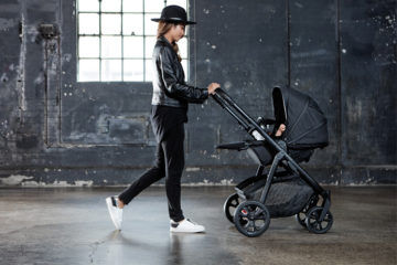 Redsbaby Carbon limited edition pram metro