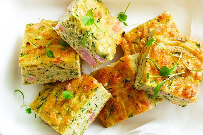 zucchini slice, healthy snack for nursing mums